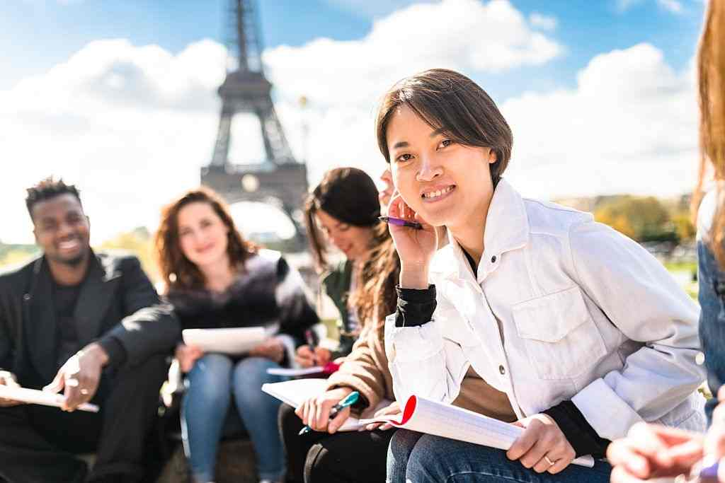5 Things to consider before choosing MARA Agent for study abroad